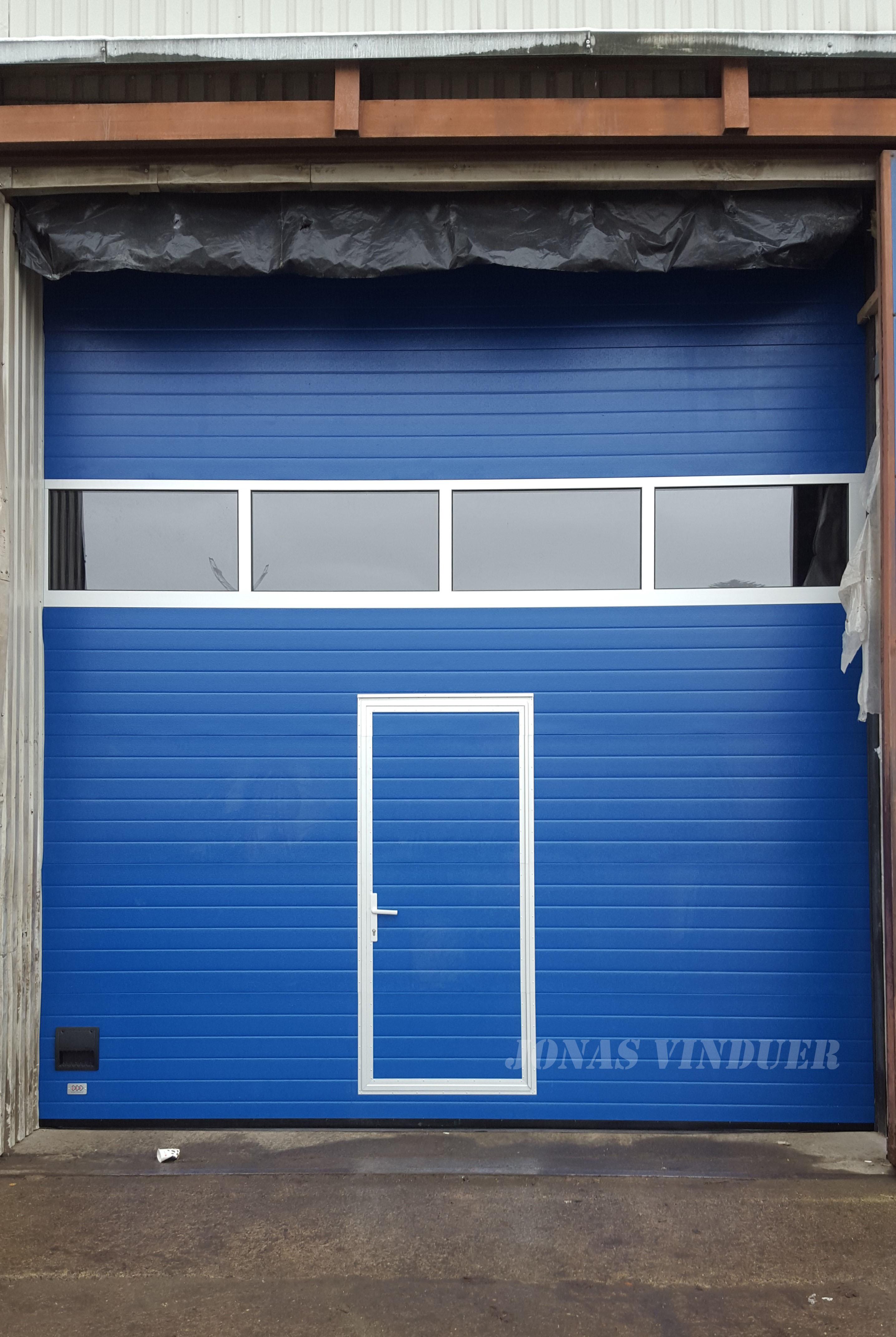 Industry use lift garage door | Jonas Vinduer