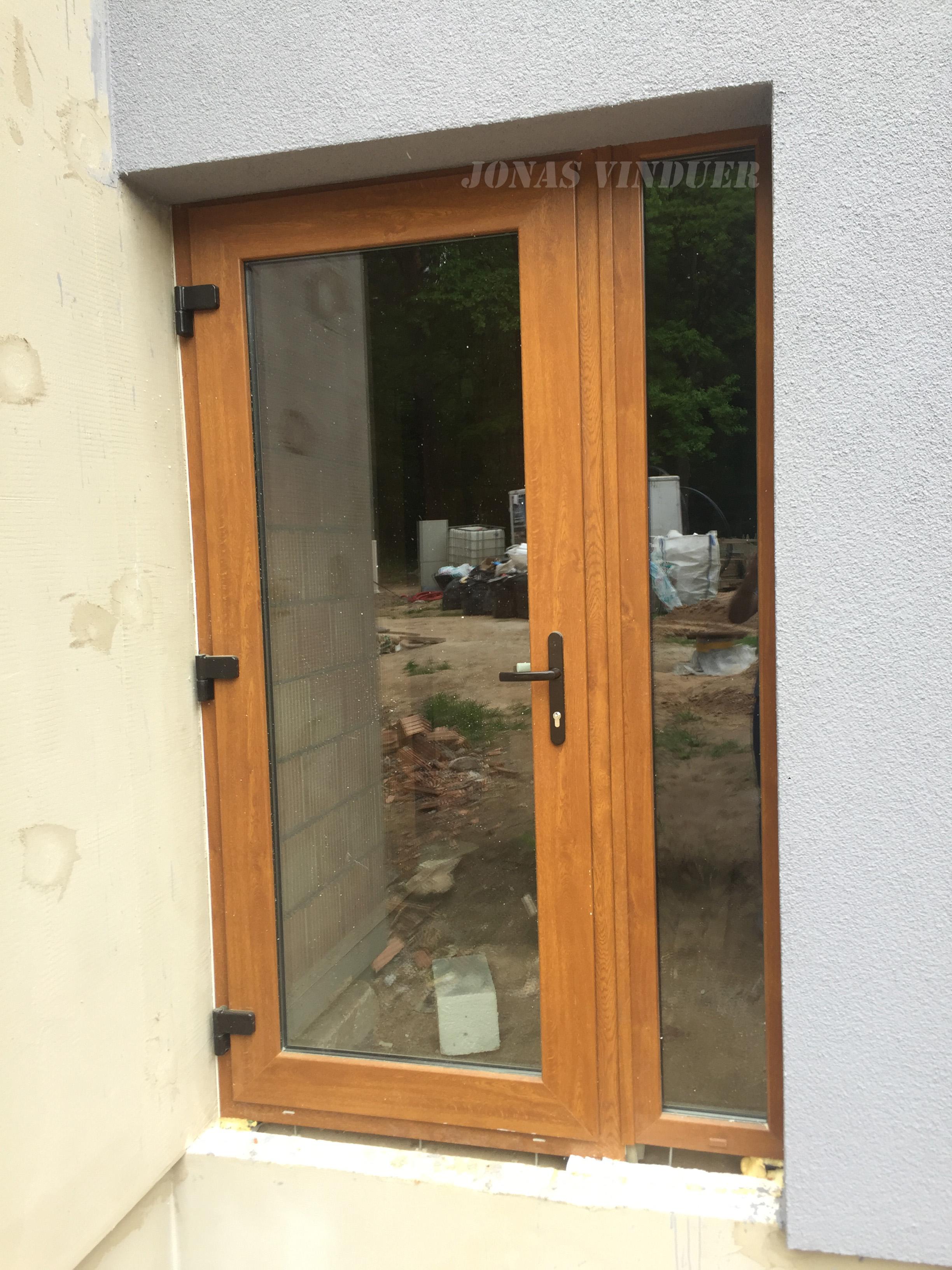 PVC SLIDING DOORS | Jonas Vinduer